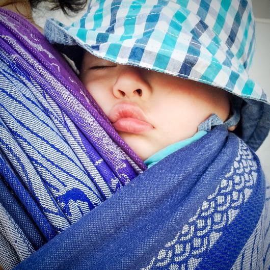 Mange barn sover best tett inntil, særlig den første tiden.